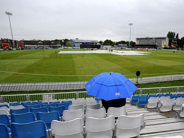 No play on the final day at Derbyshire's County Ground