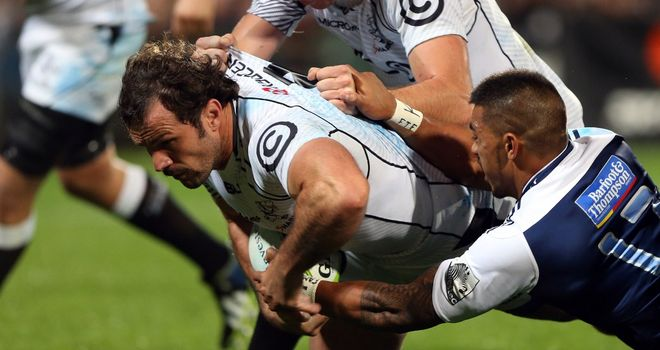 Bismarck du Plessis: Sharks hooker crossed for opening try