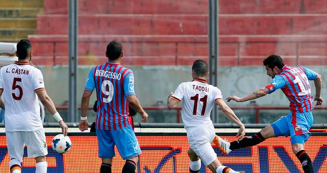 Mariano Izco fires home Catania's second goal