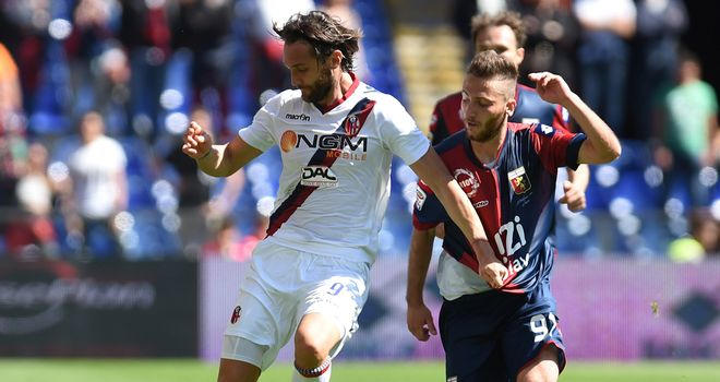 Rolando Bianchi tangles with Andrea Bertolacci