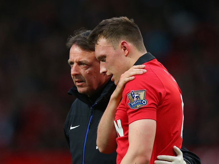 Phil Jones: Looked in considerable discomfort as he was substituted
