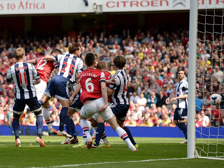 Olivier Giroud heads home Arsenal's winner against West Brom