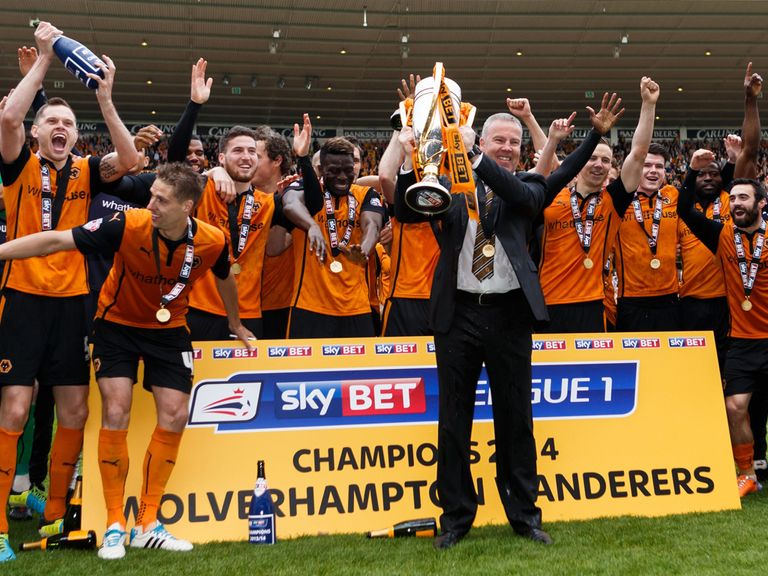 Wolves lift the Sky Bet League 1 trophy