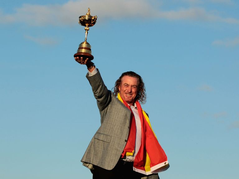 Bids to host the 2022 Ryder Cup are now under way