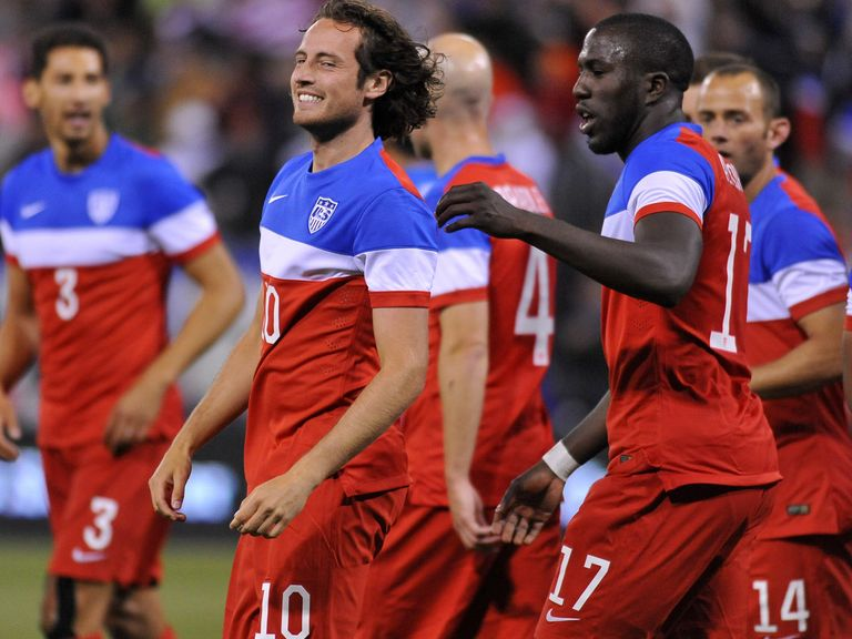 Mix Diskerud smiles after scoring the first goal against Azerbaijan