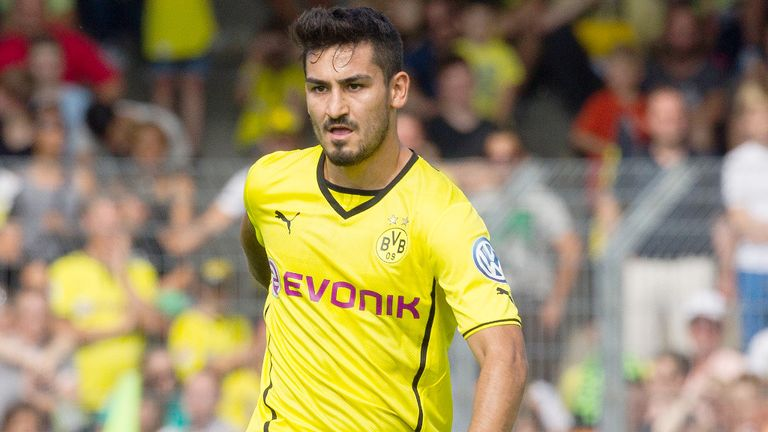 Ilkay Gundogan: Back in training