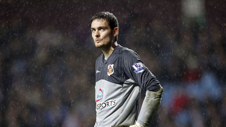 Craig Gordon is planning to return to football and may be set to join Celtic