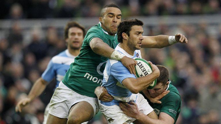 Simon Zebo (c) in action for Ireland against Argentina