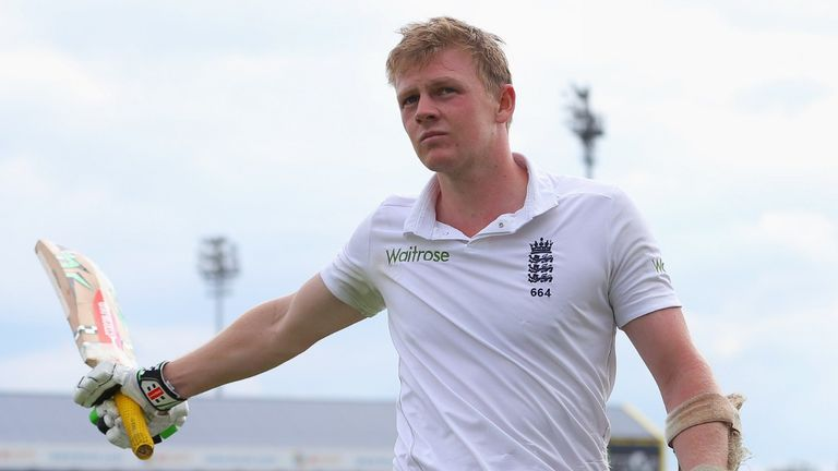 Sam Robson: Built a patient 127 to put England in charge
