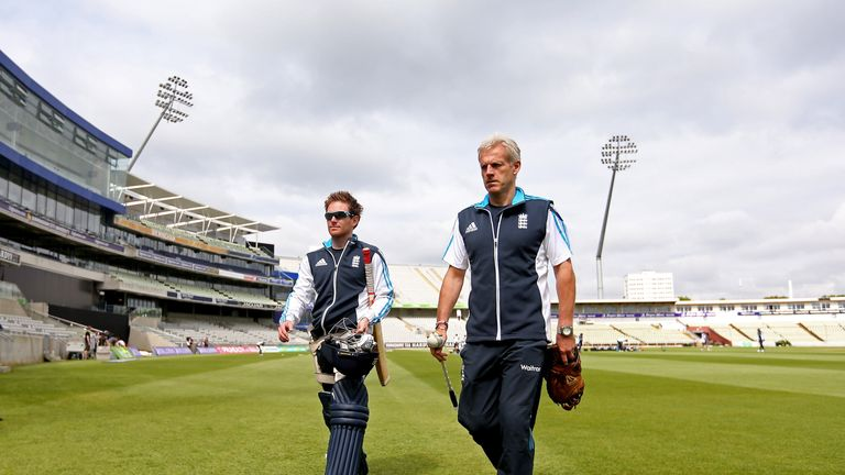 Eoin Morgan and Peter Moores: England coach wants 'complete game' from his side at Edgbaston