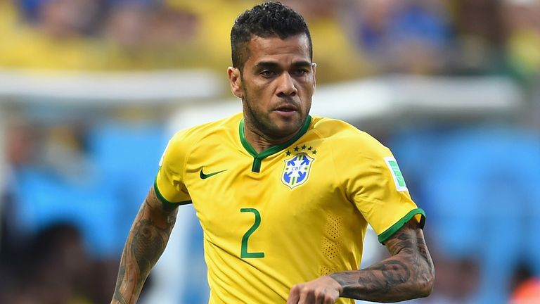 Dani Alves: Brazil defender to hold talks with Barcelona