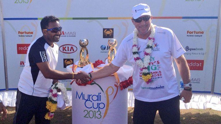 Mahela Jayawardene and Sir Ian Botham open the 2013 Murali Cup