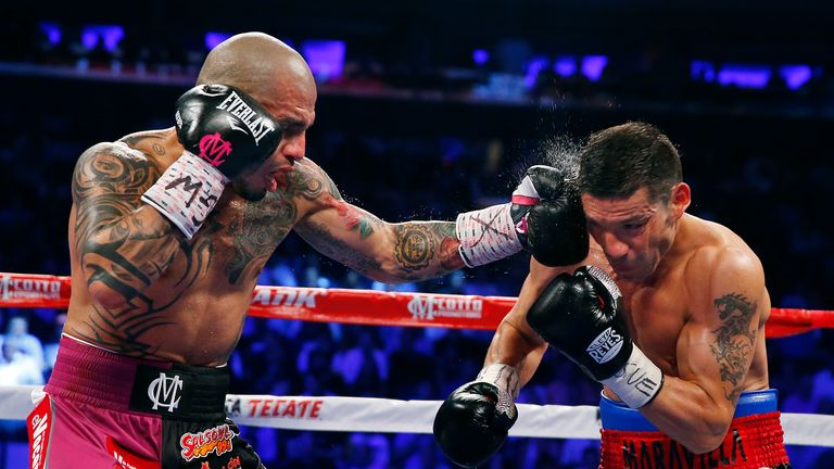 Cotto cuts down Martinez