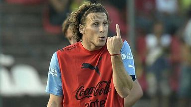 Diego Forlan: Striker back in training for Uruguay