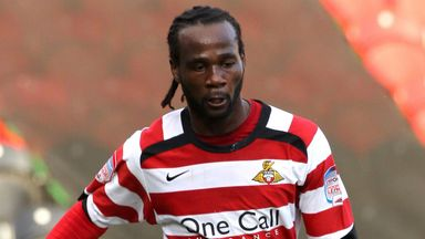Pascal Chimbonda: Available as a free agent
