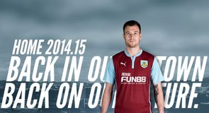 Burnley 2014/15 PUMA home Kit