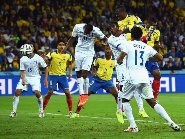Enner Valencia heads Ecuador to victory