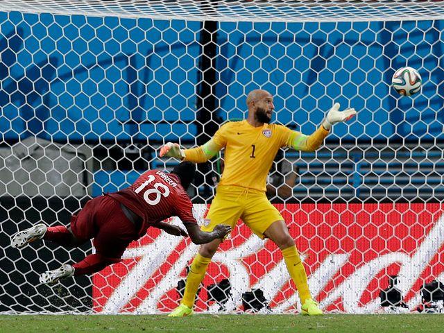 Silvestre Varela scores Portugal's very late equaliser