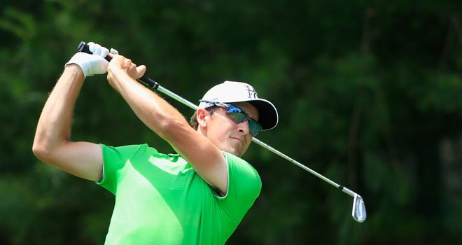 Scott Langley: Leading the Travelers Championship