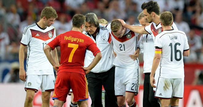 Marco Reus: Germany forward hurt during 6-1 win over Armenia