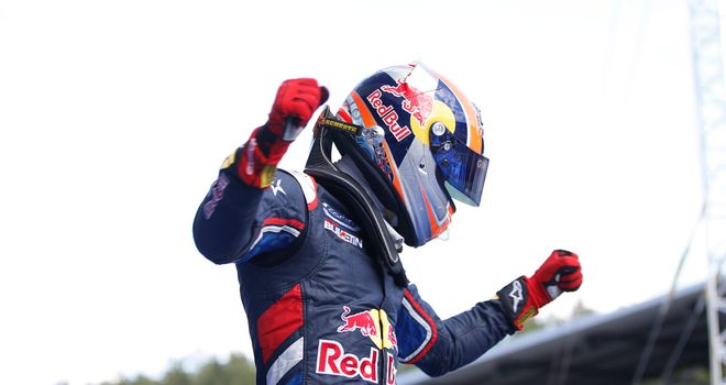 Alex Lynn celebrates victory (GP3 Series Media)