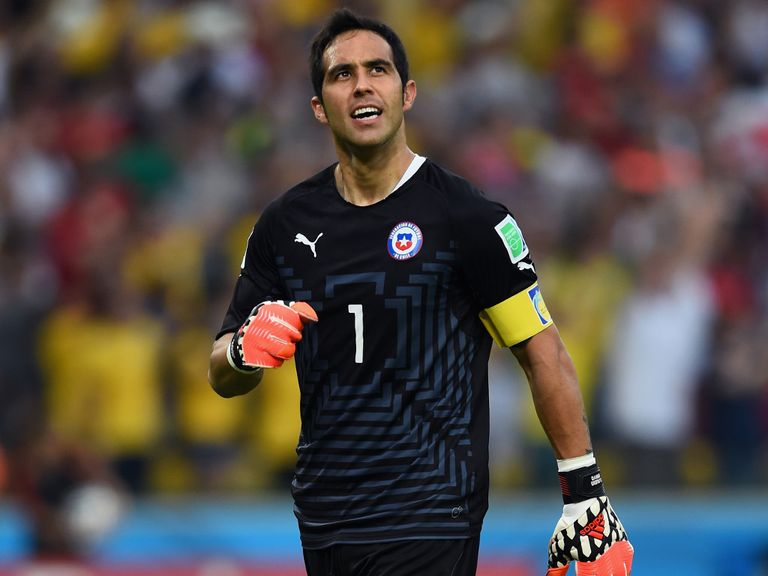 Claudio Bravo: Close to Barcelona move