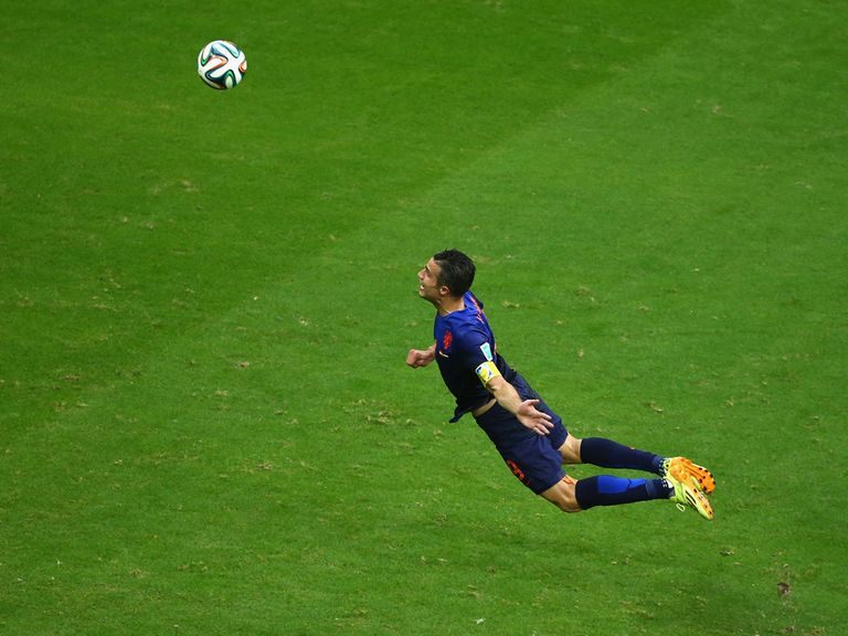 This Robin van Persie goal helped Holland beat Spain 5-1