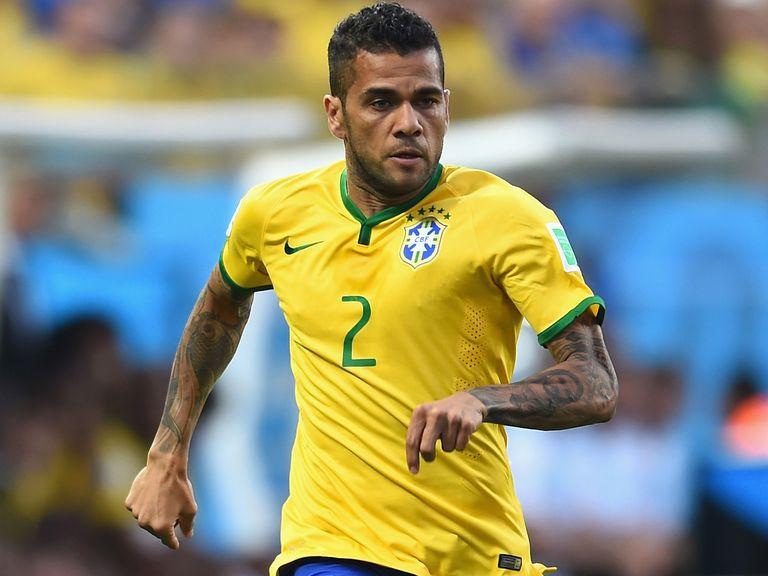 Dani Alves: Brazil defender to hold talks with Barcelona