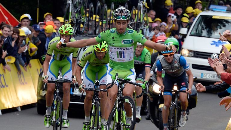 Peter Sagan kept the fans entertained with a no-handed wheelie on stage ten