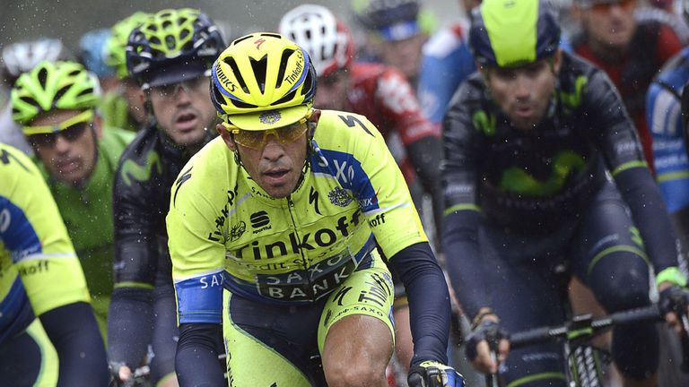Alberto Contador suffered heavy time losses on stage five but avoided crashing