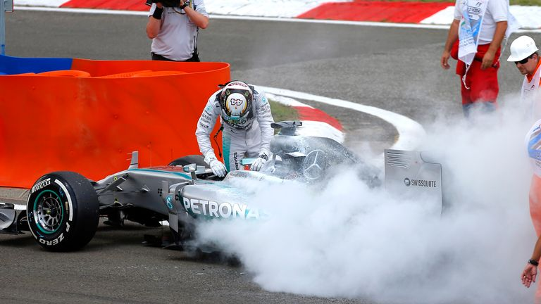 Lewis Hamilton had a fire in Q1
