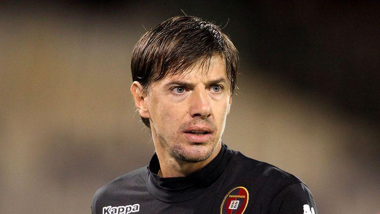 Vlada Avramov: Free agent follows Fabio Quagliarella to the club