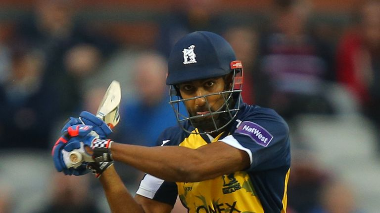 Varun Chopra: helped Birmingham Bears into last eight of T20 Blast
