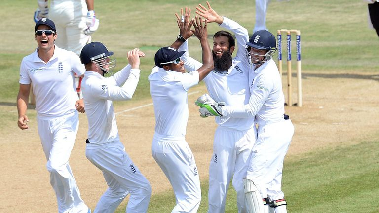 England celebrate en route to winning the third Test