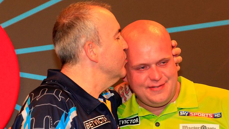 Phil Taylor Michael van Gerwen World Matchplay final photo credit Lawrence Lustig PDC