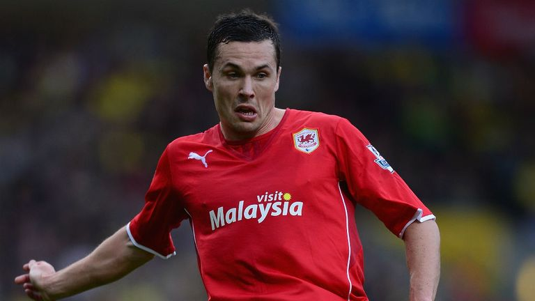 Don Cowie: Signs two-year contract at the DW Stadium