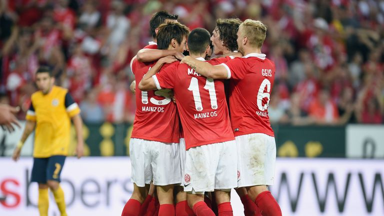 Okazaki: Mainz celebrate his goal