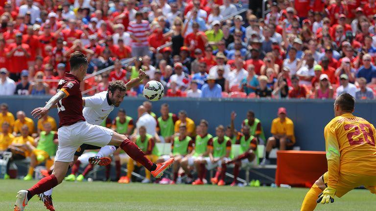 Juan Mata beats Lukasz Skorupski