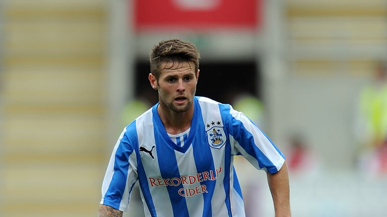 Oliver Norwood: Target for Reading