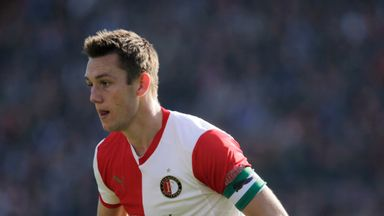Stefan De Vrij: Received no Manchester United contact