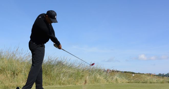Tiger Woods prepares in gorgeous sunshine at Hoylake, but will have to brave the wind to win