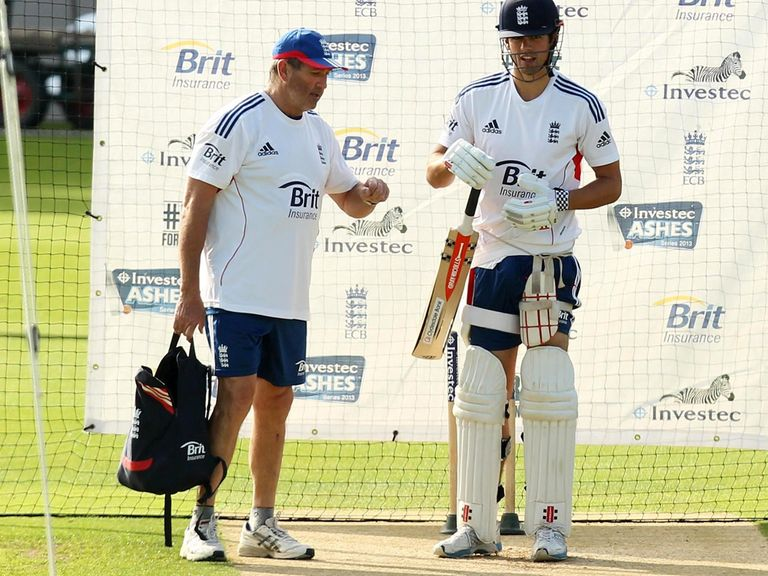 Gooch (l) is backing Cook to rediscover his form