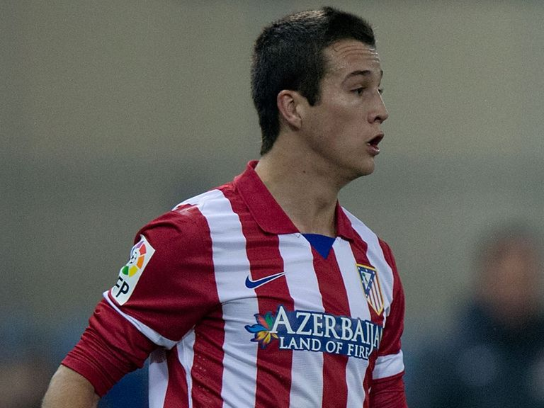 Javier Manquillo: Completed loan move to Liverpool