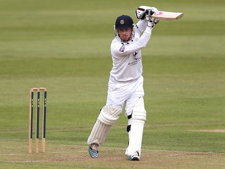 Adam Wheater: Staying with Hampshire