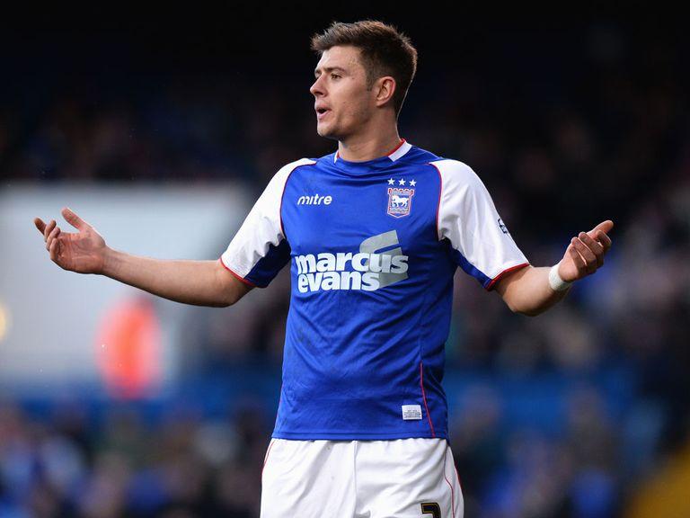 Aaron Cresswell: Move to West Ham confirmed