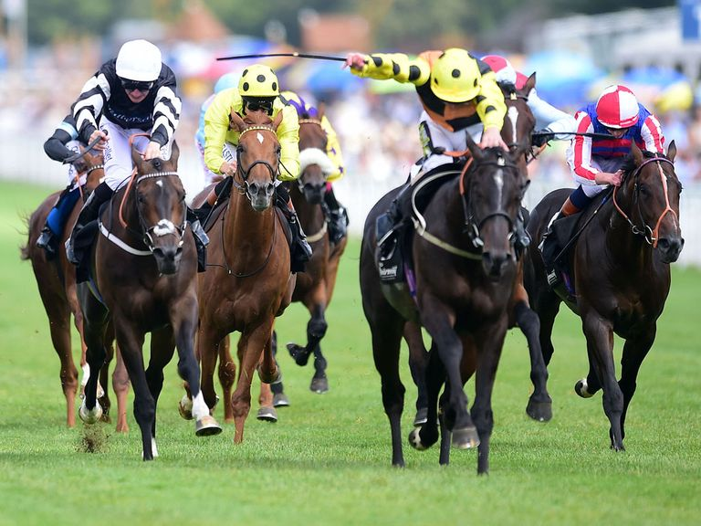 Lynn Valley strides clear to win at Glorious Goodwood