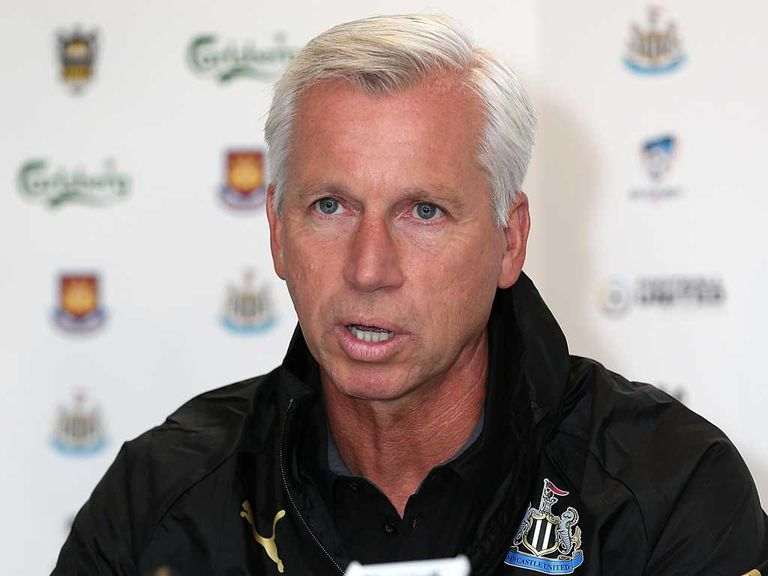 Alan Pardew: Wants to see Toon push for the Champions League