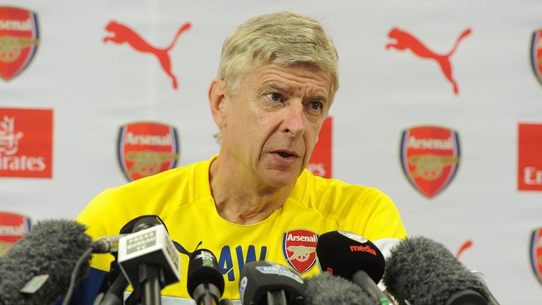 Arsene Wenger: Looking for defensive recruits