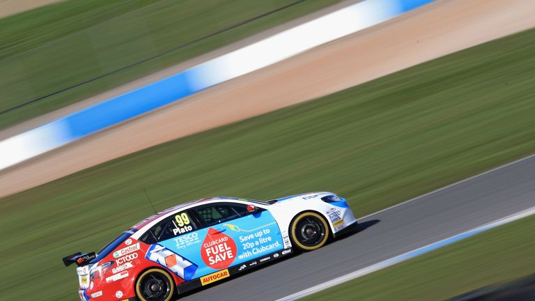 Jason Plato in the MG KX Clubcard Fuel Save MG6