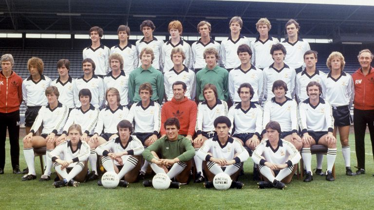 Money (second row; fourth from left) in his playing days with Fulham in 1979